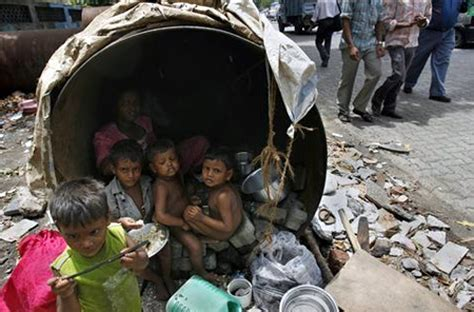 How slums in India can be made livable - Rediff