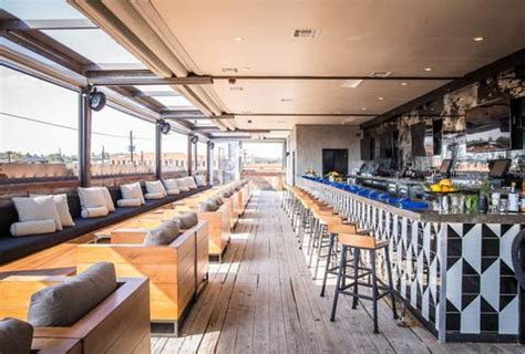 Best Rooftop Bars in Dallas, Texas for Drinking Outside