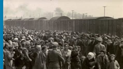 The deportation of Jews from Hungary and Lodz to Auschwitz
